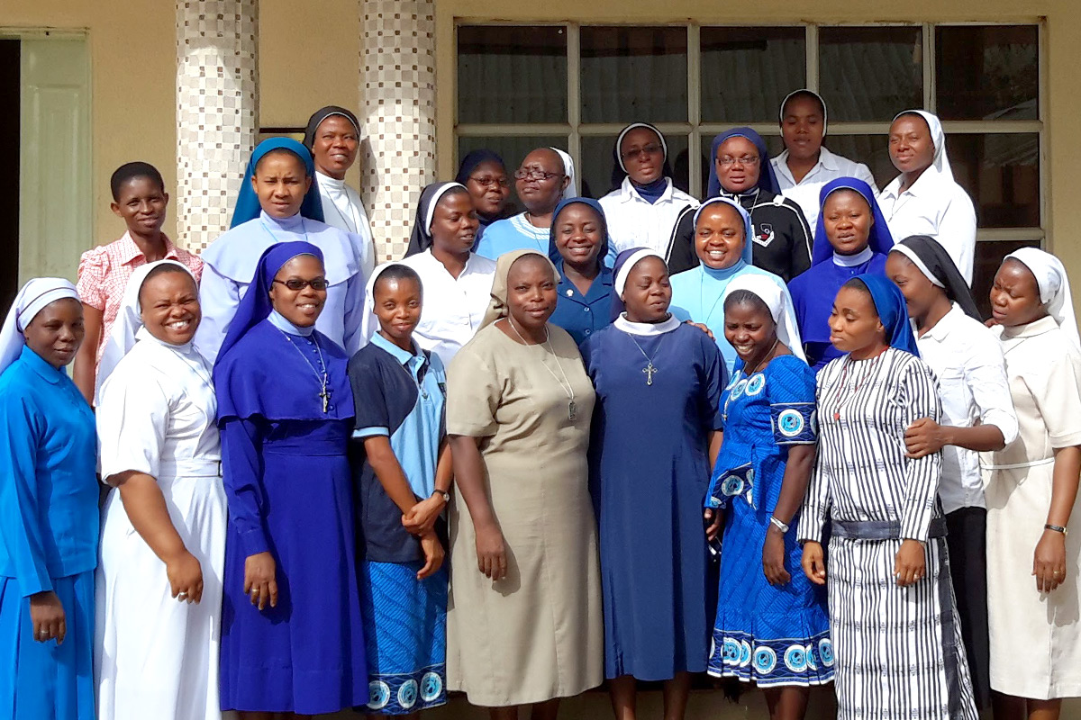 Nigerian sister students attending the annual HESA Reflective Learning seminar at the Institute for Formators, Du, Jos, northern Nigeria in June 2017.
