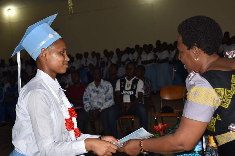 ASEC scholarship recipient Fidesta Mashambo graduates from Bigwa Secondary School in 2019. Her academic performance at Bigwa contributed to the school's most improved academic performance award.