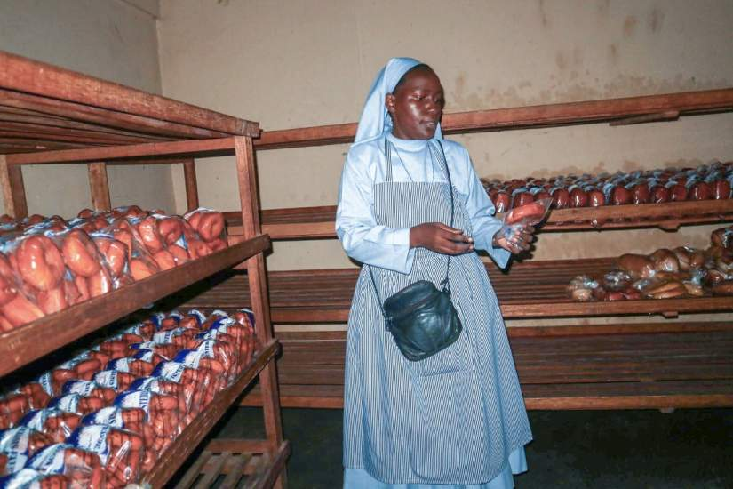 SLDI & HESA participant Sr. Teopista is the supervisor of a Ugandan bread bakery, supplying 70-80 loaves of bread per day to schools, hotels, supermarkets and the local community. During an site visit to the bakery, she gave ASEC staff a tour of the bakery and explained the bread-making process (June, 2019).